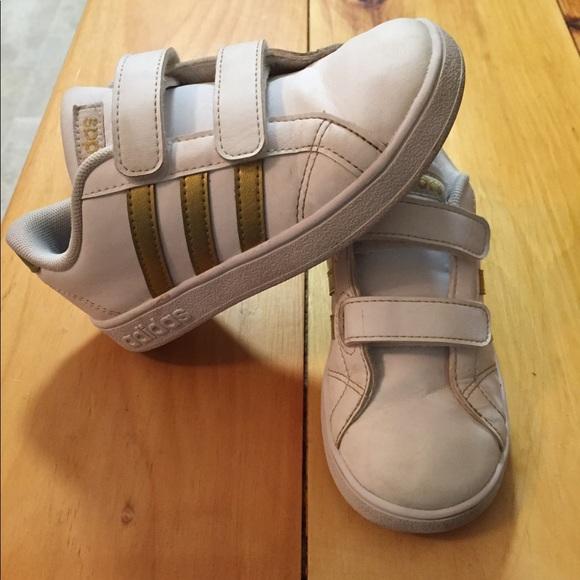Adidas Toddler Baseline Rose Gold Size 10